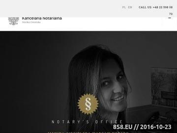 Zrzut strony Notariusz dokonuje czynności notarialnych